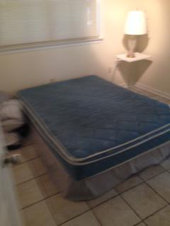 150  Queen Mattress and Box Spring Set -  150