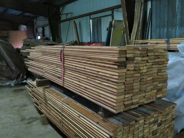 315 sq ft Antique Heart Pine Flooring- 2 38 x 1  - $5 (New Orleans)