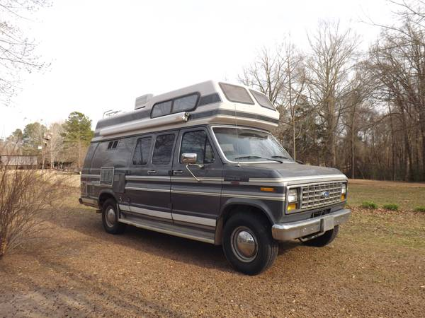 Great RV Van for sale -   x0024 7000  Sikes  LA