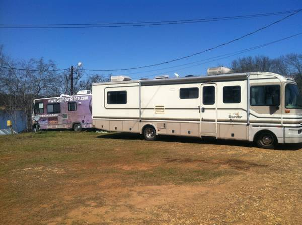 Motor Home Fleetwood Bounder 32 foot - $15000 (Homer, Louisiana Lake Claiborne)