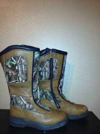 SNAKE BOOTS - $70 (SPRINGHILL LA)