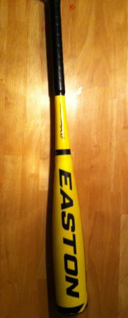 For sale NEW XL3 (-10) 2 34 Youth 2013 Easton Junior Big Barrel Bat - $95 (Keithville, la)