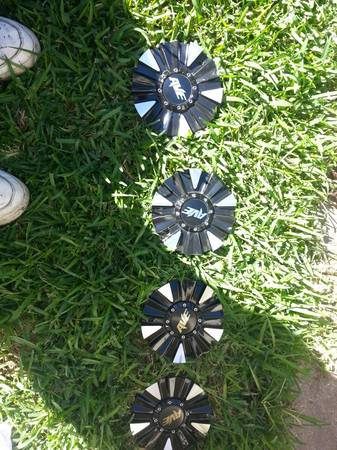 22in avn rims blk and silver 500 - $500 (Shreveport )