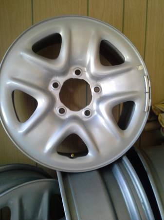4 18 Toyota factory rims - x0024100 (Shreveport)