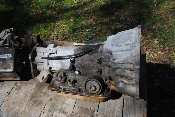 4L60E Transfer case - $100 (North of Shreveport)
