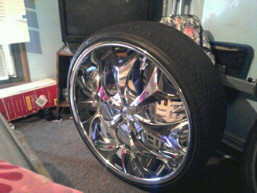 26 inch rims and tires - $1400 (Bossier)