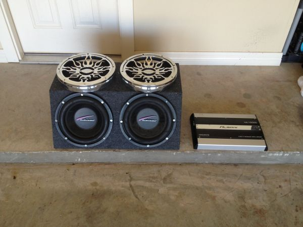 (2) 12 Audiobahn Subs With Amp - $500 (Bossier City)