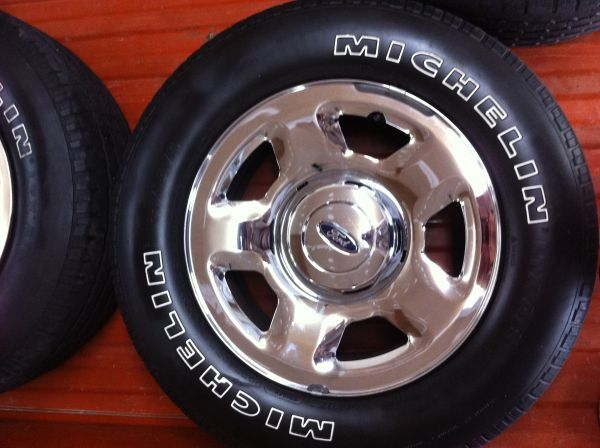 2007 Ford Factory Stock Chrome Wheels - $300 (Benton)