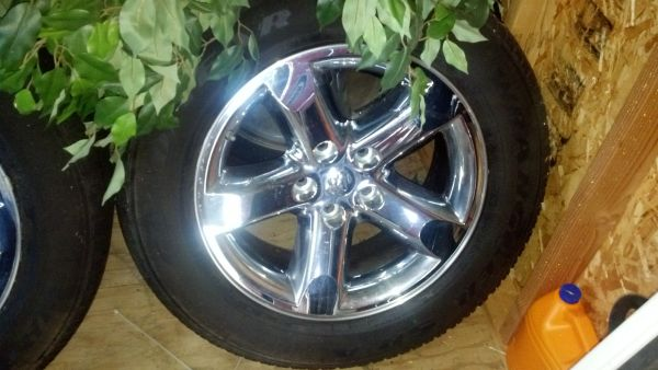 08 Dodge Ram 1500 stock 20 rims and tires - $700 (bossier city)