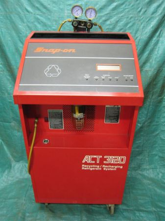 Snap-On Auto AC Refrigerant RecyclingRecharging Machine - $100 (El Dorado)