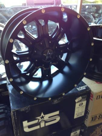 20x12 DS645 black wheels 8 lug - $325 (Bossier city)