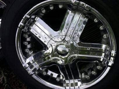 WTSWTT 20 chrime wheels with almsot NEW tires.. 5x5 12 bolt pattern - $650 (Minden)