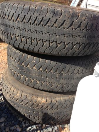 Stock gmc 18 rims and tires - $275 (Haughton )