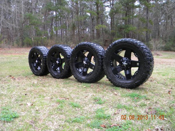 KMC Rockstar 20 Rims and Pro Comp Xtreme MT Tires - $800 (Zwolle, Louisiana)