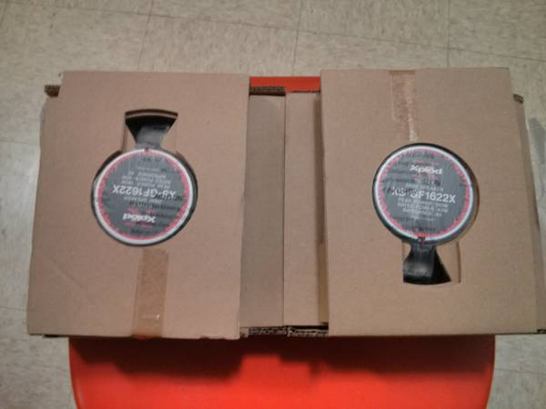 6 12 Sony Xplod Speakers - $20 (Bossier City)