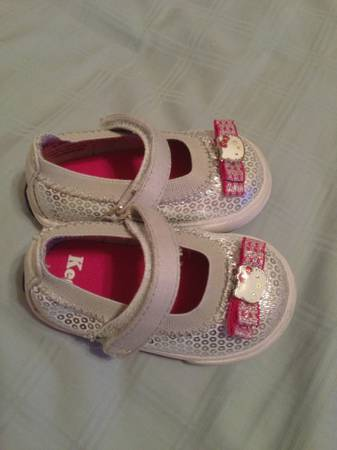 Hello Kitty Keds - $15 (Bossier City)