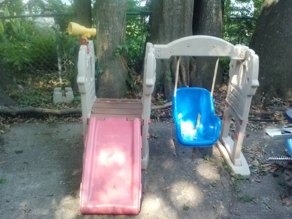 Little Tikes Slide and Swing set - $45 (Shreveport off Line Ave)