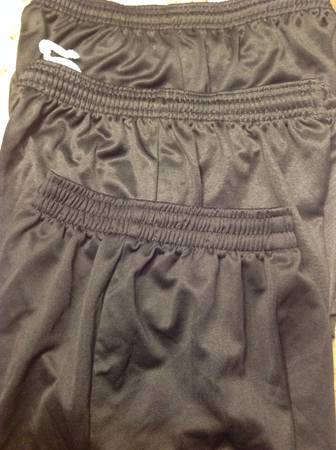 Soccer shorts youth small -3 pair black -   x0024 10  Shreveport