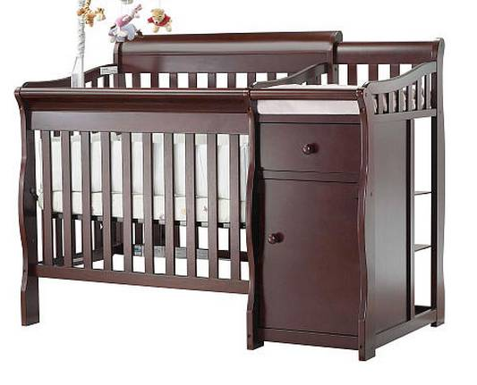 Mini Crib w Changer   Still in Box   -   x0024 175  Bossier City