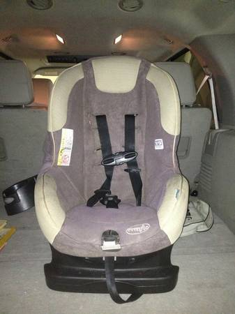 EvenFlo toddler car seat - $50 (North Bossier)