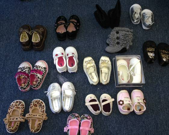 Lots of Baby Girl Shoes Socks - $45 (Minden)