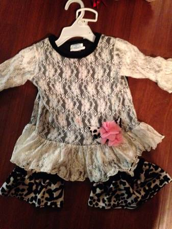 Baby girl high end clothes 18-24 months