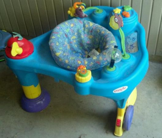 Evenflo - Exersaucer SmartSteps Walk Around, Ocean - $15 (Shreveport, La)