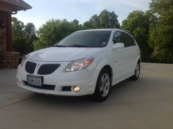 2007 Pontiac Vibe gas saver - very clean under 100k mi - $7200 (Shreveport)