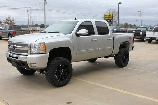 2011 Chevrolet Silverado 1500 LT2 LIFTED Z71 CREW CAB 4X4 - x002432900 (We Accept Trades and Financing W.A.C.)