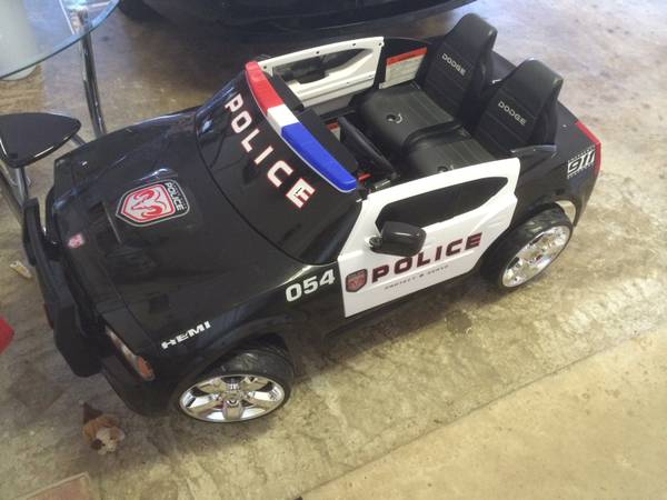Like new Dodge Charger Cop Car Power Wheels..Chrome Wheels - $200 (shreveport)