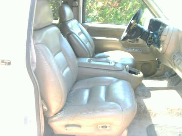 2 Door Chevy Tahoe - $4800 (Texarkana)