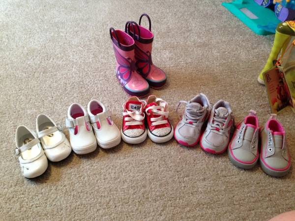 Toddler Shoes - $10 (Heflin, LA)