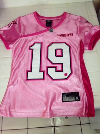 Authentic Pink Dallas Cowboy Jersey - $50 (shreveport)