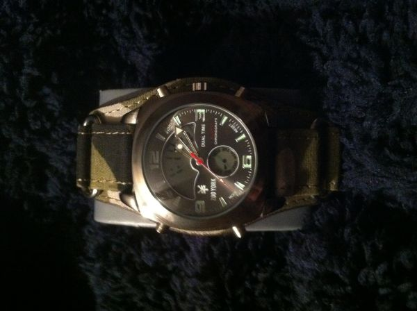 NewCamo Zoo York watch $40 OBO (Ida, Louisiana )