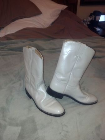 Justin Womens Ropers - $25 (Southern Hills)