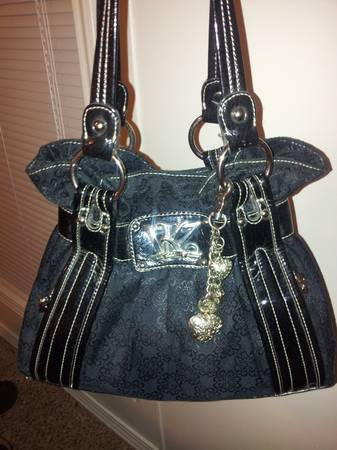 Kathy Van Zeeland Purse - $35 (south shreveport)