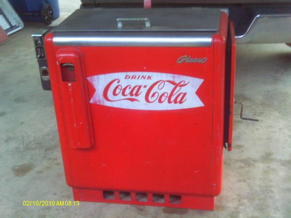 1950s glasco 10 cent coke machine - $750 (minden)
