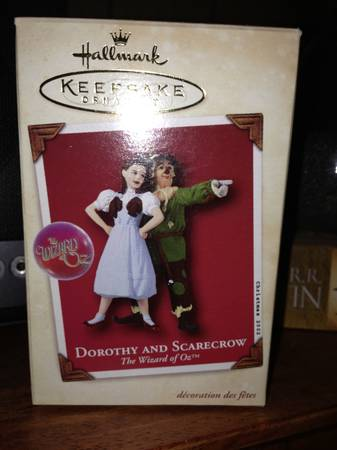 wizard of oz hallmark ornaments - $350 (Shreveport )