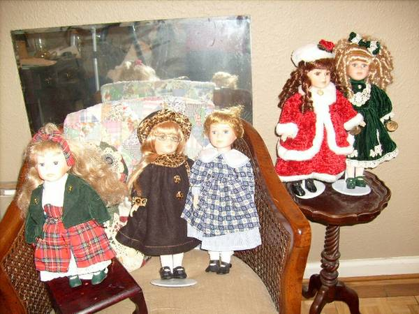 collectable dolls-collectors choice - $25 (shreveport, La-S.Hills)
