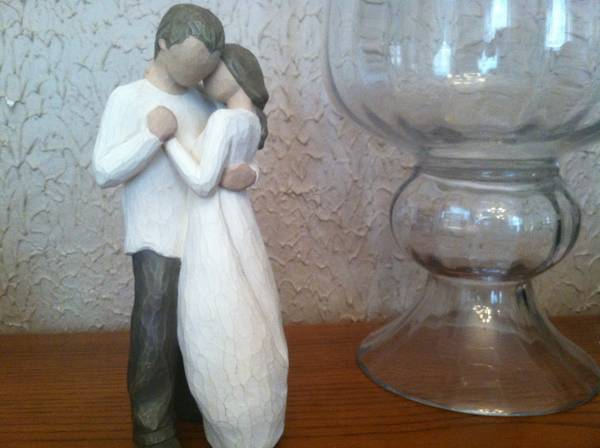 Willow Tree figurine Promise - $10 (Highland)