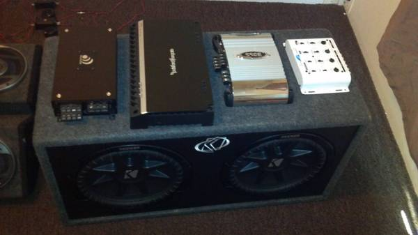 Annoy your neighbors with this complete car sound system - $700 (Blanchard, LA)