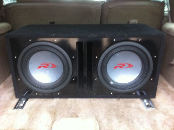 Alpine 12s and 1700w Hifonics  - $400