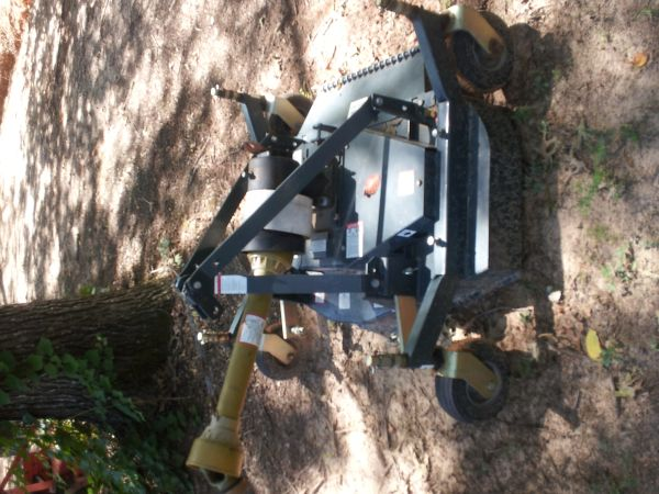 4ft modern manufacturing finish mower - $700 (greenwood)