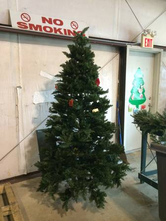 Green Pre-lit Christmas Tree - $150 (South Bossier)