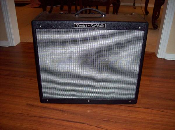 Fender Hot Rod Deville 2X12 - $625 (Shreveport)