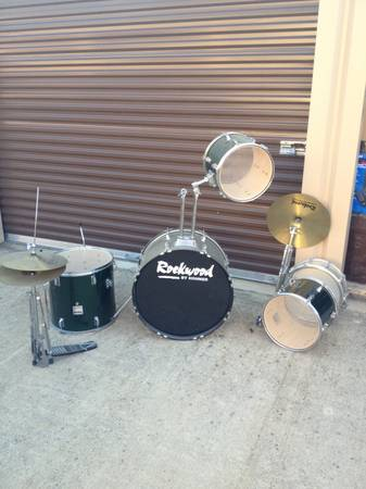 Green Rockwood Drum set - $450