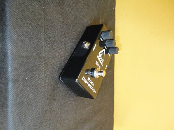 DeltaLab RD1 Rock Distortion Pedal - sell or trade - $30 (Shreveport Bossier City)