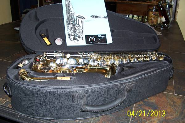 Like NEW BORG Alto Sax - $250 (N. Shreveport)