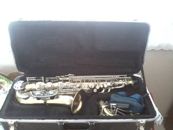 OLDS Alto Sax - $400 (Shreveport, LA)