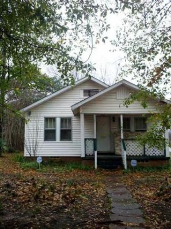 $32000 2br - 1700ftsup2 - MUST SEE TO APPRECIATE (1201 Price St Texarkana, AR)